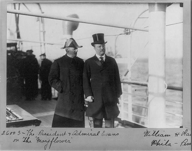 Prezident Ruzvelt i admiral Evans