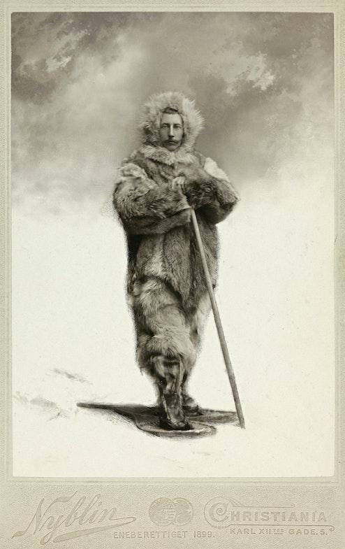 Amundsen v polyarnoy ekipirovke