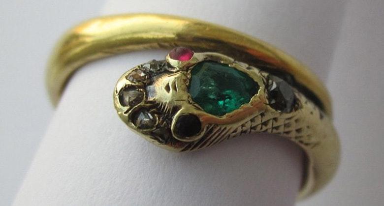 wedding ring Queen Victoria
