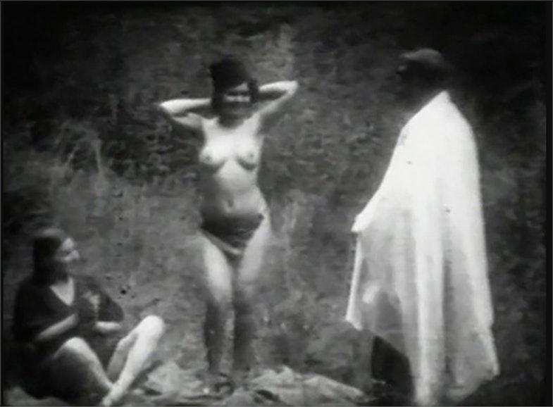 pornofilm-raskritie-prestupleniya-kak-muzh-ebet-zhenu-s-drugom
