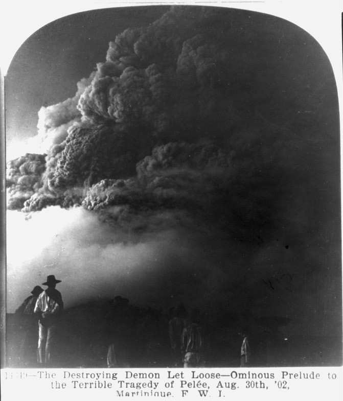 Martinique - St. Pierre - volcanic eruption, 1902; looking toward Mt. Pelee obscured by clouds of smoke and steam Aug. 30th, 02
