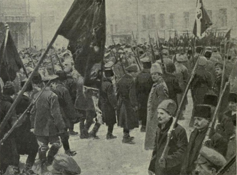 Ukrainian troops supporting the Rada leave Kiev to fight the Bolshevik army
