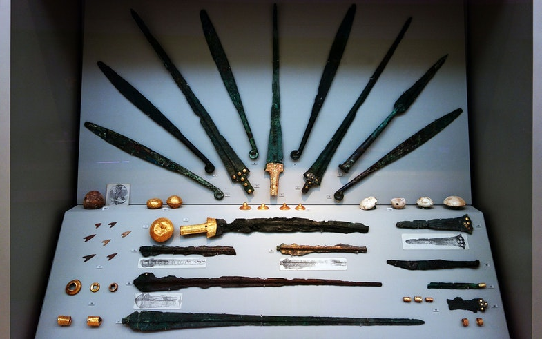 Bronze and gold swords and knives from Grave Circle A at Mycenae, Greece