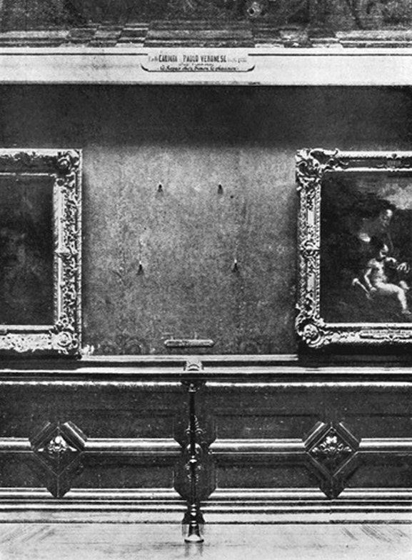 Theft of the Mona Lisa painting from the Louvre in 1911