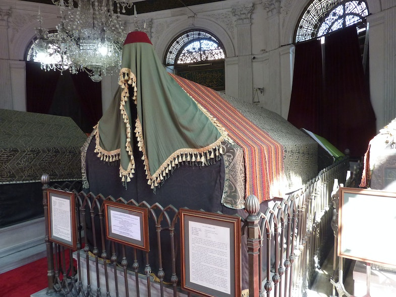Mausoleum of Sultan Mahmud II - sarcophagus of Sultan Adbulaziz