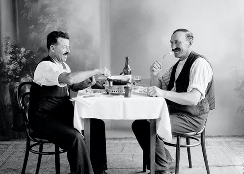 White wine and fondue at the beginning of the 20th century