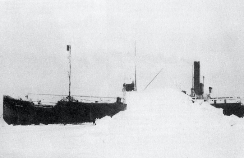 Cargoship Baychimo somewhere in Canada 1931