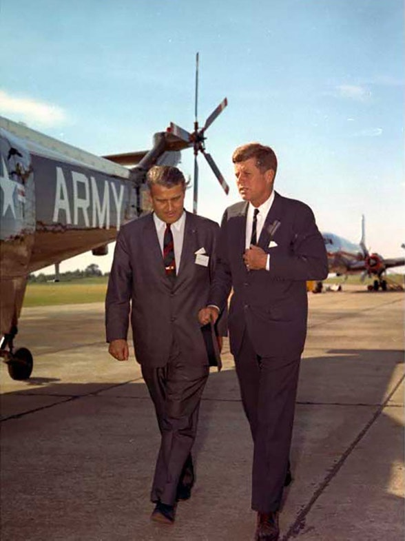 Wernher von Braun walking with President Kennedy at the Army Ballistic Missile Agency at Redstone Arsenal (Alabama) in 1963