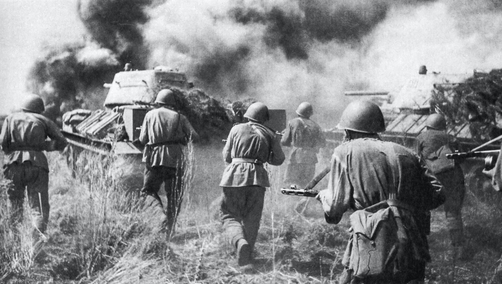 Soviet troops of the Voronezh Front counterattacking behind T-34 tanks at Prokhorovka during the Battle of Kursk