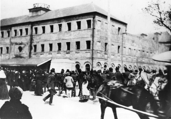 New Orleans residents gather on March 14, 1891. Speakers exhorted the crowd to go to parish prison and lynch the Italians charged with killing Police Chief David Hennessey.